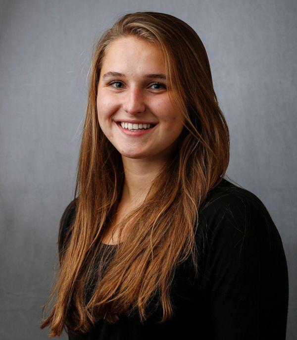 Nikol Lagodzinska - Women's Swim & Dive - University of Iowa Athletics