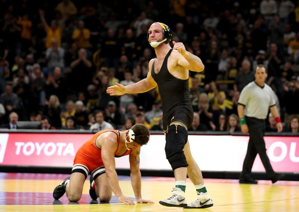 Iowa's Alex Marinelli Wrestles Oklahoma State's Travis Wittlake at 165 pounds Sunday, February 23, 2020 at Carver-Hawkeye Arena. Marinelli won the match 3-2. (Brian Ray/hawkeyesports.com)