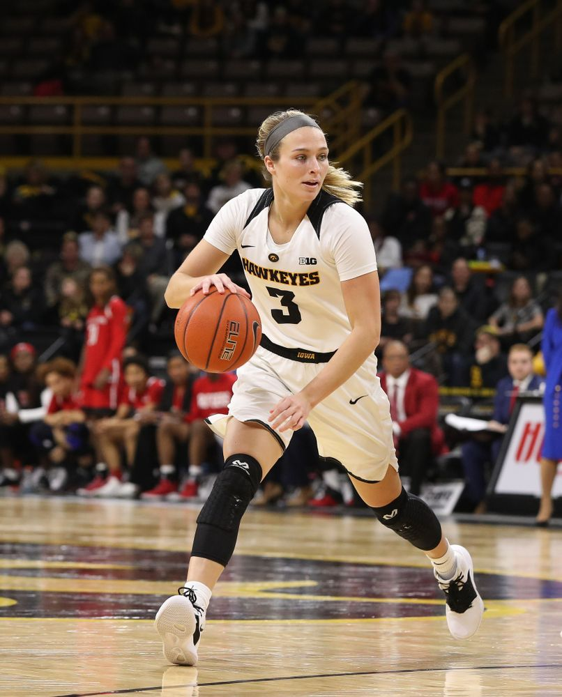 Iowa Hawkeyes guard Makenzie Meyer (3) against the Rutgers Scarlet Knights Wednesday, January 23, 2019 at Carver-Hawkeye Arena. (Brian Ray/hawkeyesports.com)