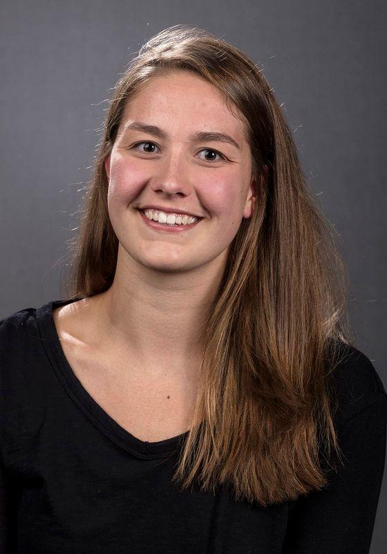 Hannah Burvill - Women's Swim & Dive - University of Iowa Athletics