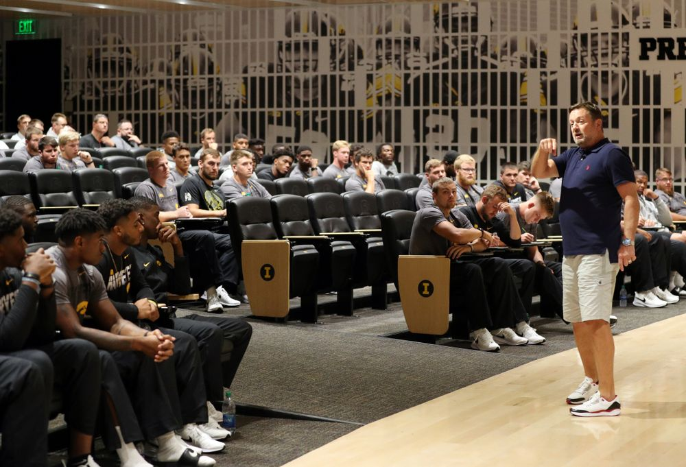 Former University of Iowa defensive back and Oklahoma Head Coach Bob Stoops addresses the Hawkeye Football team as the honorary captain for their game against Miami, Ohio Friday, August 30, 2019 at the Hansen Football Performance Center. (Brian Ray/hawkeyesports.com)