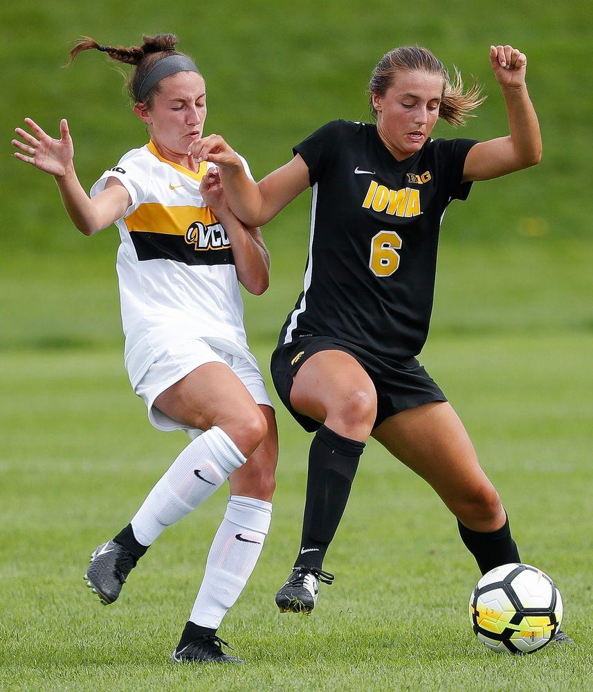 Iowa Hawkeyes midfielder Isabella Blackman (6)