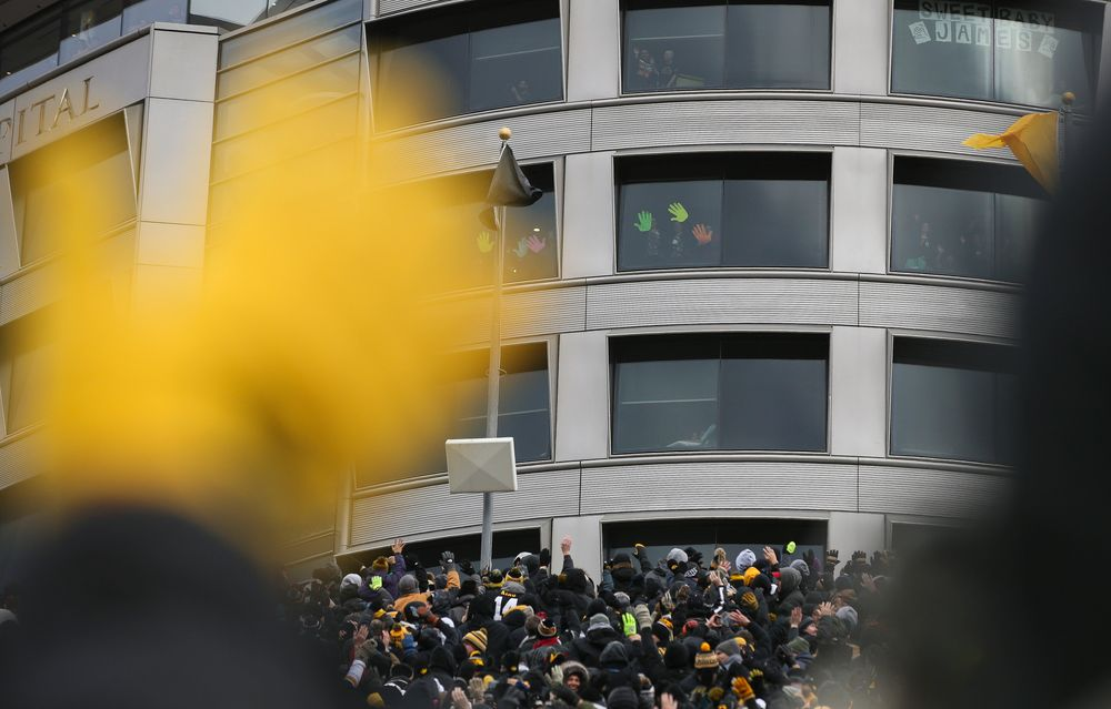 Patients in the Stead Family Childrens Hospital wave back to fans after the first quarter during a game against Northwestern at Kinnick Stadium on November 10, 2018. (Tork Mason/hawkeyesports.com)