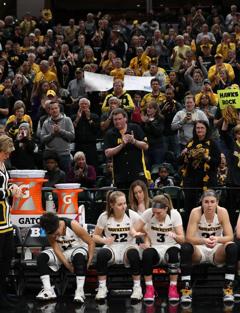 Fans cheer on the Iowa Hawkeyes against the Indiana Hoosiers in the quarterfinals of the Big Ten Tournament Friday, March 8, 2019 at Bankers Life Fieldhouse in Indianapolis, Ind. (Brian Ray/hawkeyesports.com)