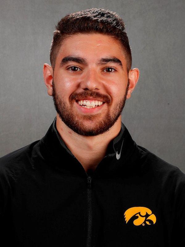 Dominic  Tommasone - Men's Gymnastics - University of Iowa Athletics