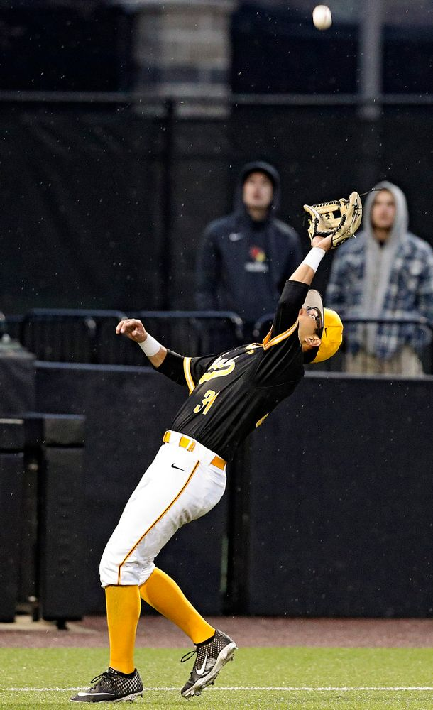 Iowa Hawkeyes third baseman Matthew Sosa (31) pulls in a pop up for an out during the ninth inning of their game against Illinois State at Duane Banks Field in Iowa City on Wednesday, Apr. 3, 2019. (Stephen Mally/hawkeyesports.com)
