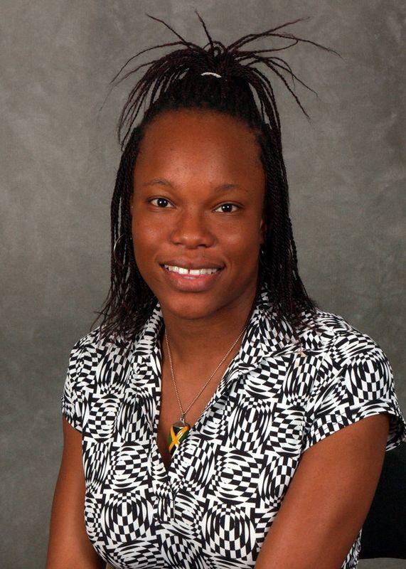 Tammilee Kerr - Women's Track & Field - University of Iowa Athletics