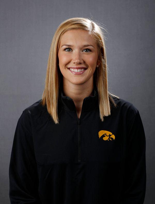 Hailey Schneden - Women's Basketball - University of Iowa Athletics