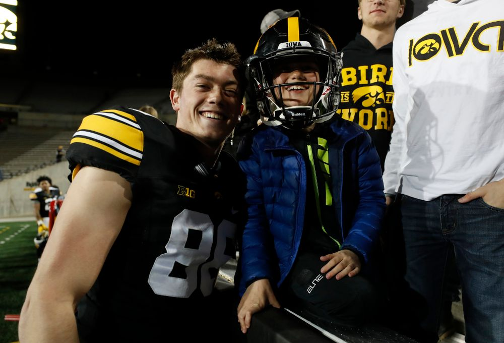 Iowa Hawkeyes tight end Jacob Coons (88) during their final spring practice Friday, April 20, 2018 at Kinnick Stadium. (Brian Ray/hawkeyesports.com)