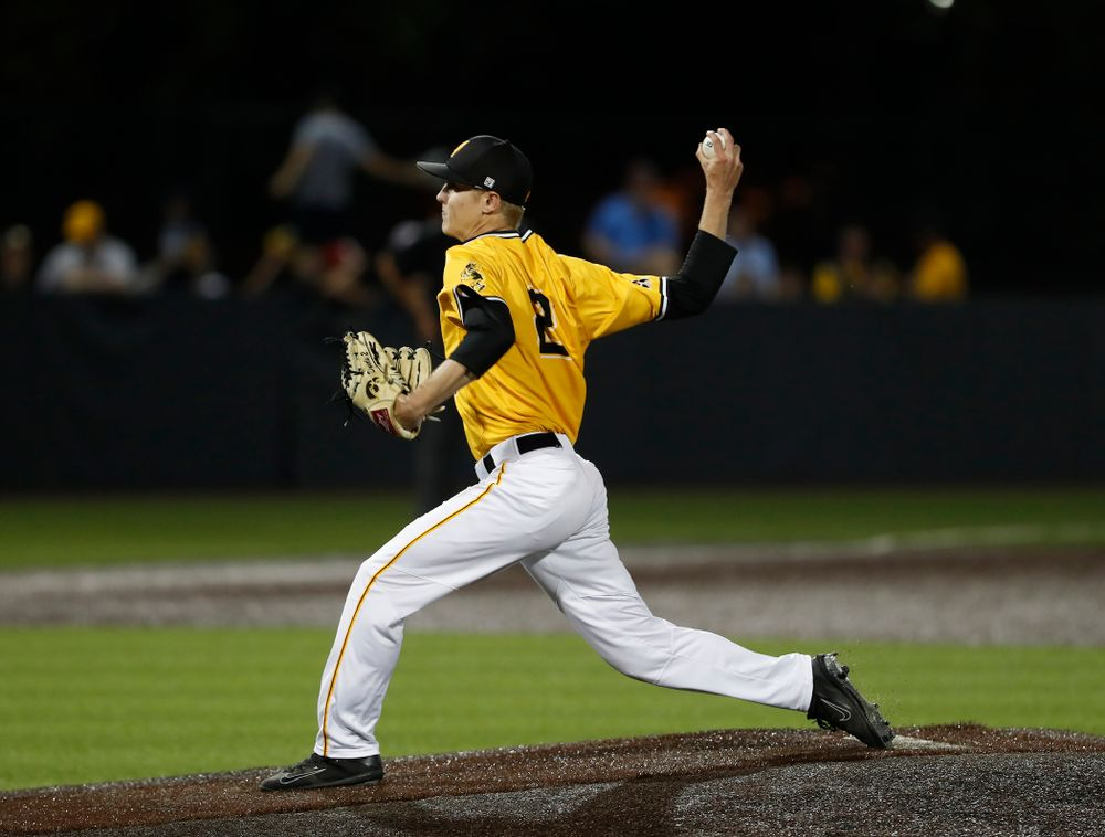 Iowa Hawkeyes pitcher Zach Daniels (2) against the Penn State Nittany Lions Saturday, May 19, 2018 at Duane Banks Field. (Brian Ray/hawkeyesports.com)