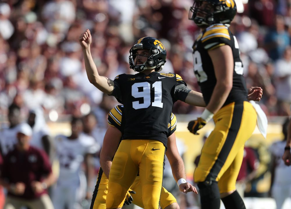 Iowa Hawkeyes place kicker Miguel Recinos (91) during their Outback Bowl Tuesday, January 1, 2019 at Raymond James Stadium in Tampa, FL. (Brian Ray/hawkeyesports.com)