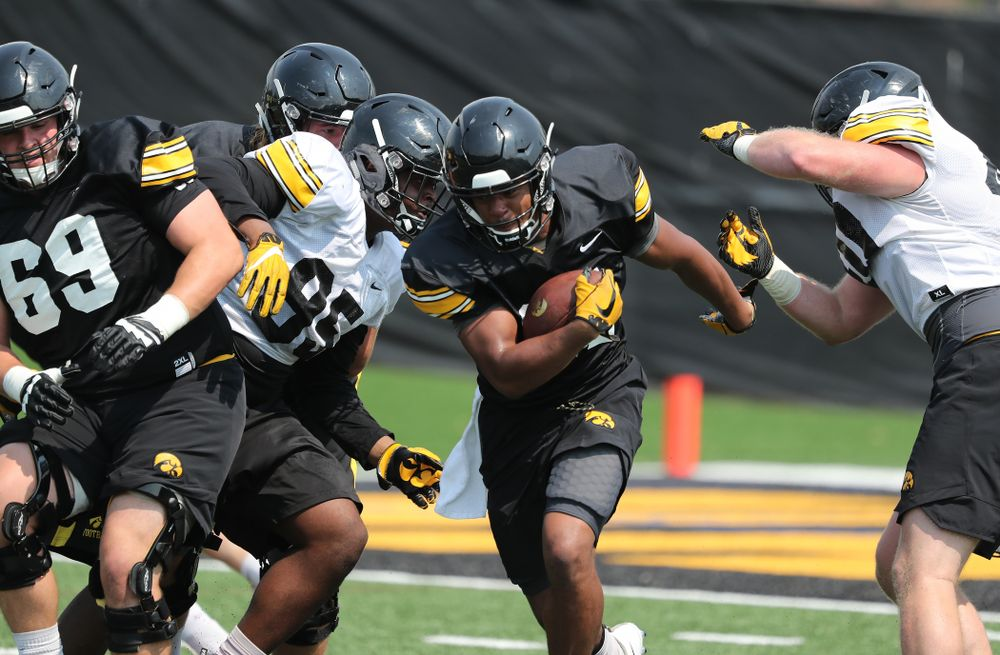 Iowa Hawkeyes running back Ivory Kelly-Martin (21) during the third practice of fall camp Sunday, August 5, 2018 at the Kenyon Football Practice Facility. (Brian Ray/hawkeyesports.com)