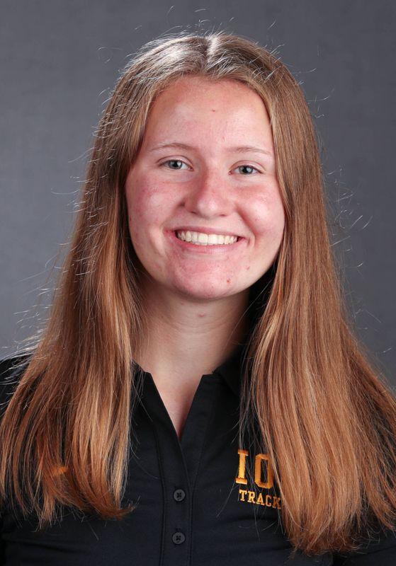 Claire  Edmondson  - Women's Cross Country - University of Iowa Athletics