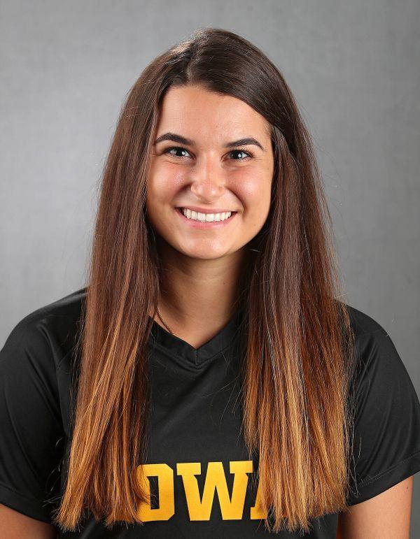 Adrianna Naumoski - Women's Soccer - University of Iowa Athletics