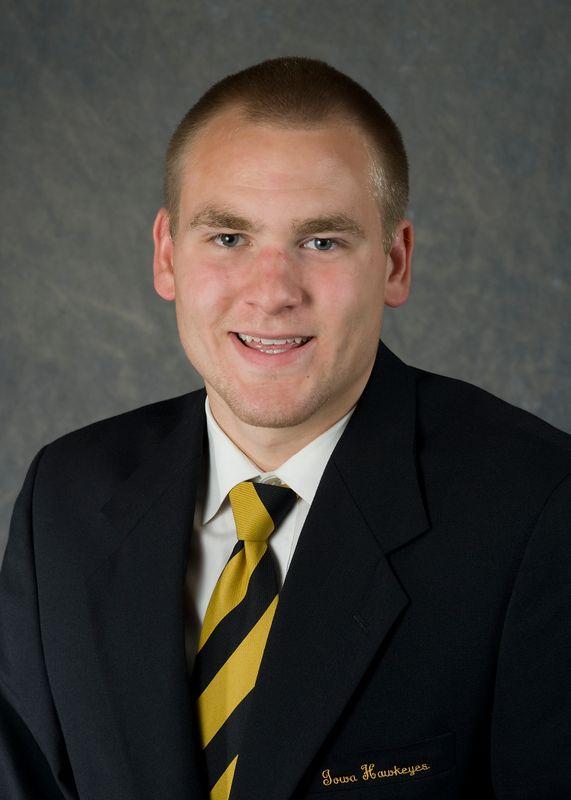 Tyler Lentz - Men's Swim & Dive - University of Iowa Athletics