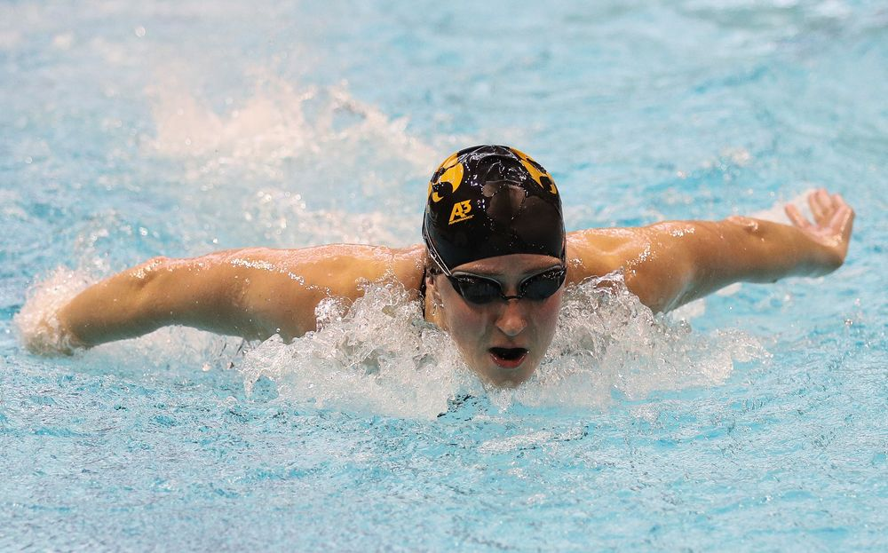 Iowa's Kelly McNamara competes in the 200-yard butterfly during the third day of the Hawkeye Invitational at the Campus Recreation and Wellness Center on November 17, 2018. (Tork Mason/hawkeyesports.com)