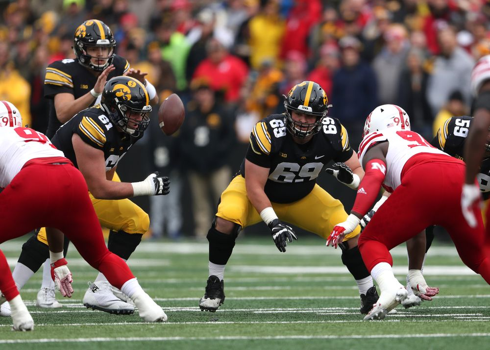 Iowa Hawkeyes offensive lineman Keegan Render (69)  against the Nebraska Cornhuskers Friday, November 23, 2018 at Kinnick Stadium. (Brian Ray/hawkeyesports.com)