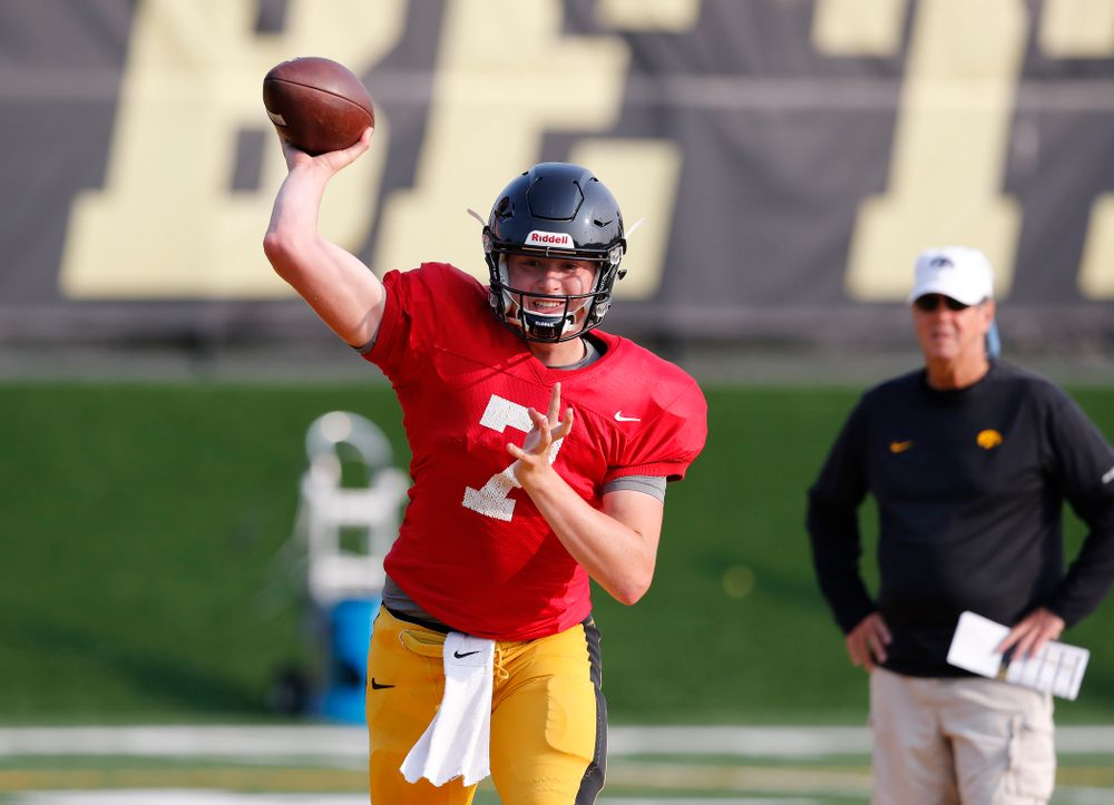 Iowa Hawkeyes quarterback Spencer Petras (7) during camp practice No. 16 Tuesday, August 21, 2018 at the Hansen Football Performance Center. (Brian Ray/hawkeyesports.com)