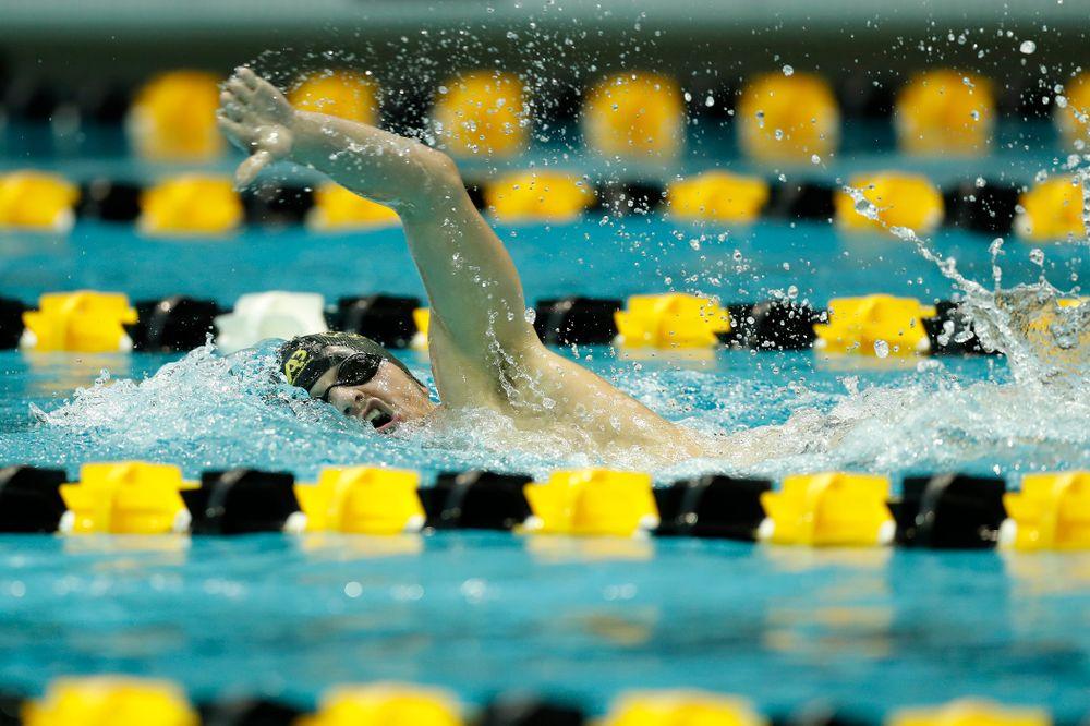 Iowa's Tom Schab swims the 1000 yard freestyle