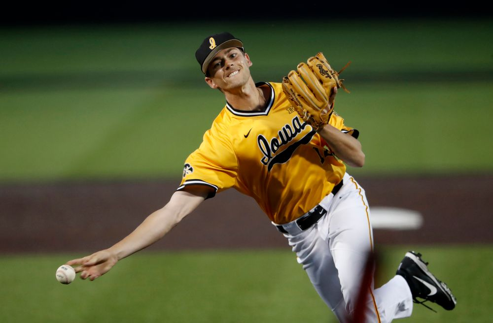 Iowa Hawkeyes pitcher Nick Nelsen (12) against the Penn State Nittany Lions Saturday, May 19, 2018 at Duane Banks Field. (Brian Ray/hawkeyesports.com)