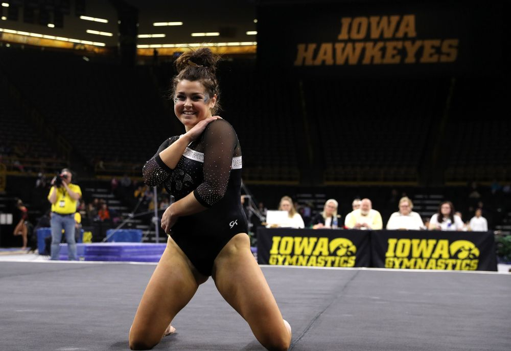 Iowa's Erin Castle competes on the floor against the Rutgers Scarlet Knights Saturday, January 26, 2019 at Carver-Hawkeye Arena. (Brian Ray/hawkeyesports.com)