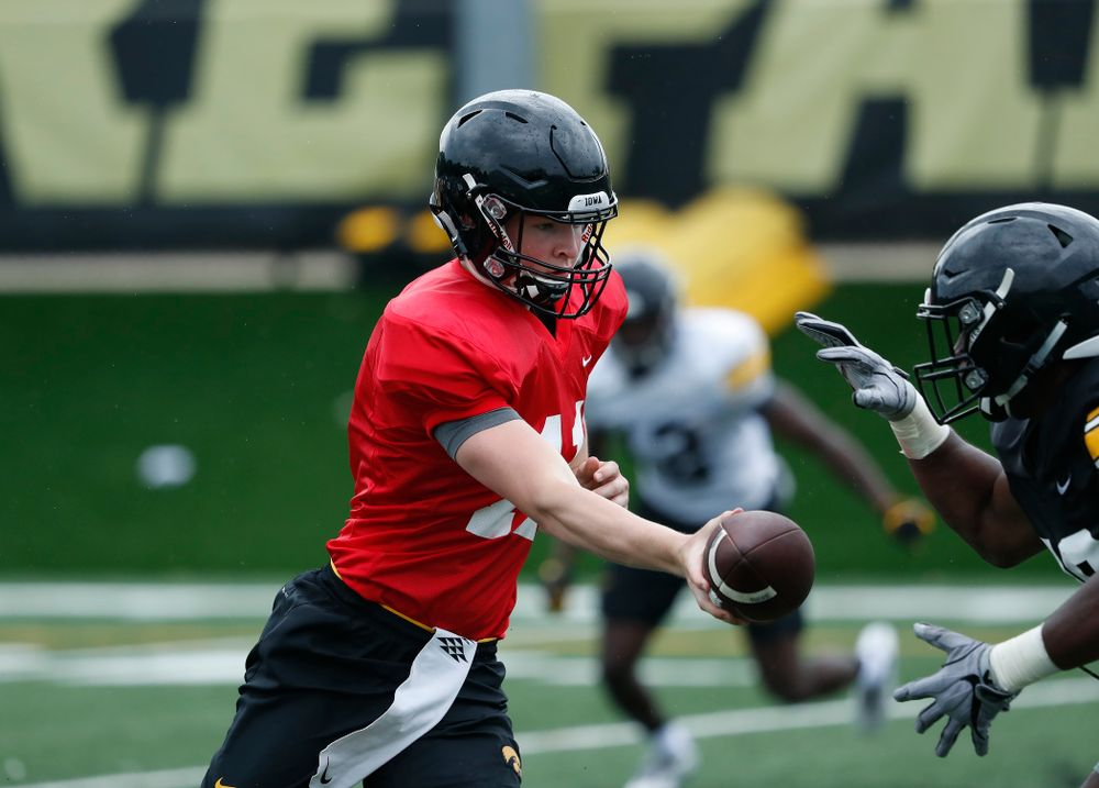 Iowa Hawkeyes quarterback Connor Kapisak (11) during practice No. 4 of Fall Camp Monday, August 6, 2018 at the Hansen Football Performance Center. (Brian Ray/hawkeyesports.com)
