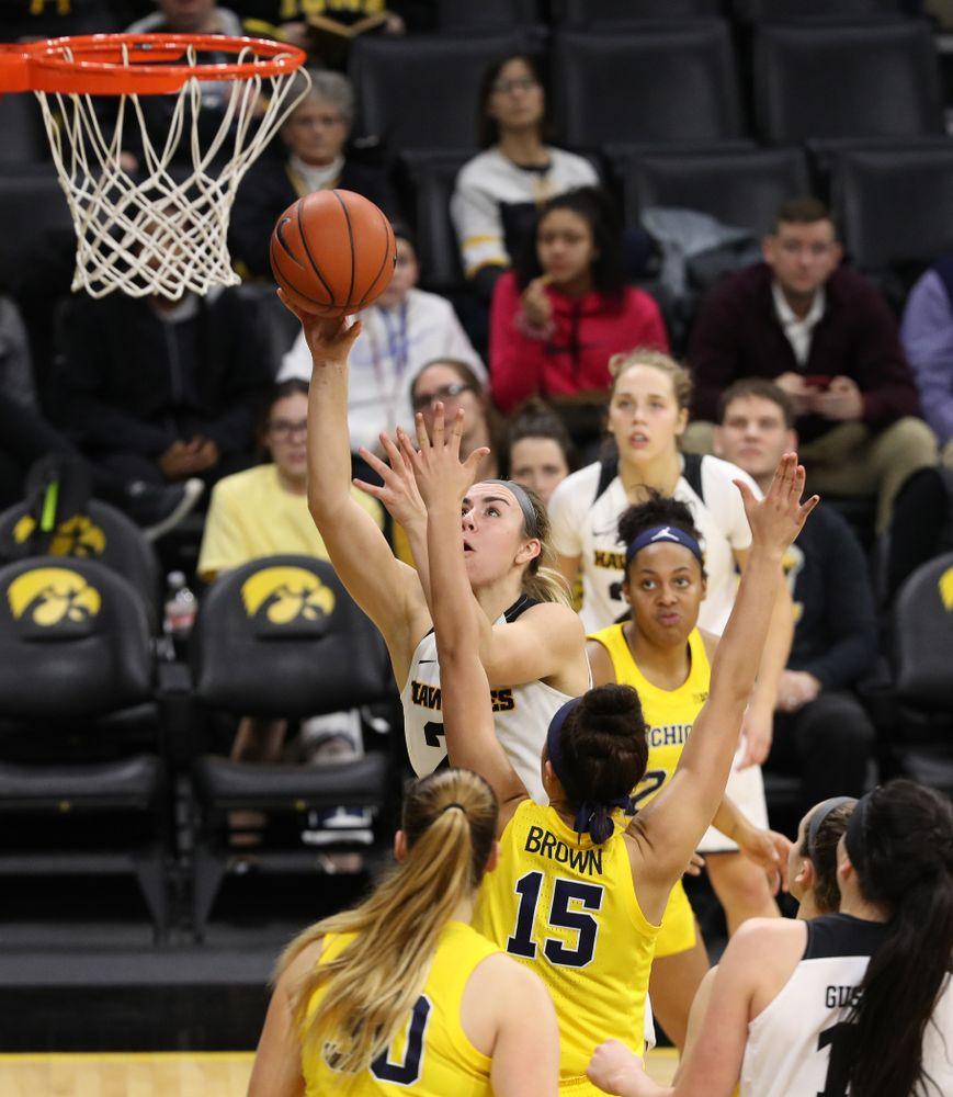 Iowa Hawkeyes forward Hannah Stewart (21) against the Michigan Wolverines Thursday, January 17, 2019 at Carver-Hawkeye Arena. (Brian Ray/hawkeyesports.com)