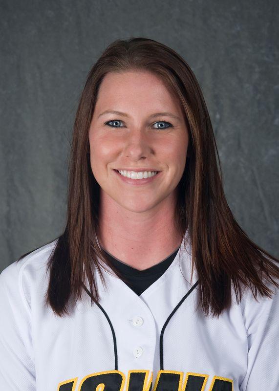 Chelsea Lyon - Softball - University of Iowa Athletics