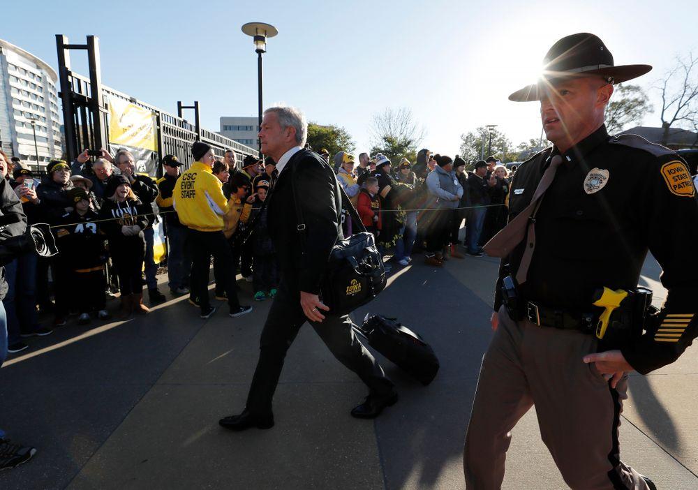 Iowa Hawkeyes head coach Kirk Ferentz  arrives for their game against the Maryland Terrapins Saturday, October 20, 2018 at Kinnick Stadium (Brian Ray/hawkeyesports.com)