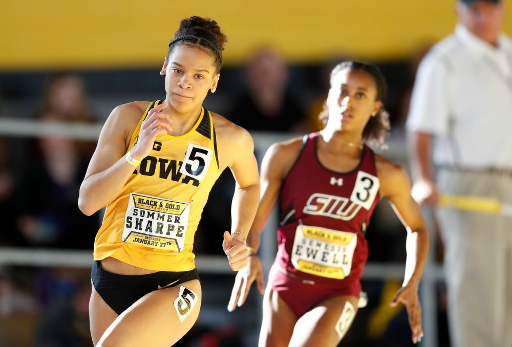 Sommer Sharpe competes in the 400 meters