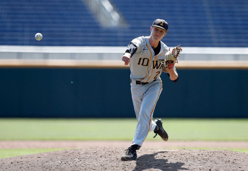 Iowa Hawkeyes pitcher Zach Daniels (2) against the Michigan Wolverines in the first round of the Big Ten Baseball Tournament  Wednesday, May 23, 2018 at TD Ameritrade Park in Omaha, Neb. (Brian Ray/hawkeyesports.com)