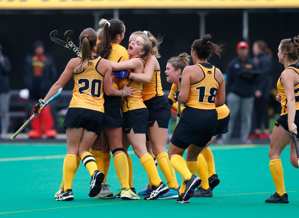 The Iowa Hawkeyes celebrate a goal against Maryland Sunday, October 14, 2018 at Grant Field. (Brian Ray/hawkeyesports.com)