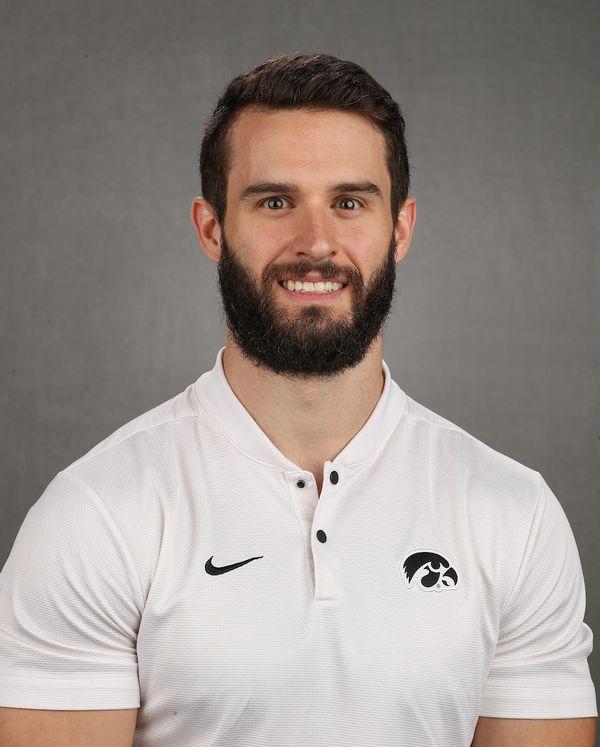 Ben Ketelsen - Men's Gymnastics - University of Iowa Athletics