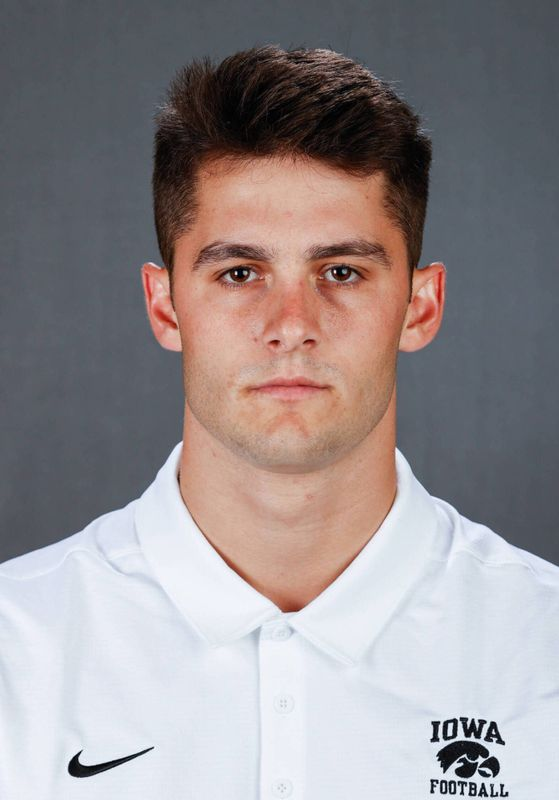 Gaven Cooke - Football - University of Iowa Athletics