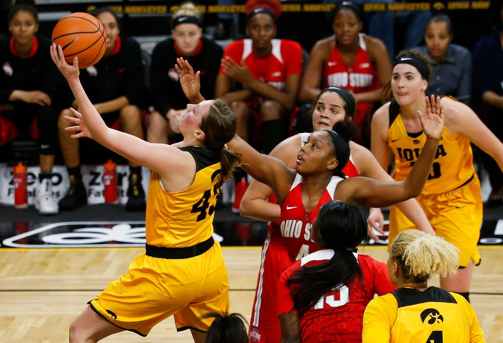 Iowa Hawkeyes forward Amanda Ollinger (43) goes up for a layup during a game against the Ohio State Buckeyes at Carver-Hawkeye Arena on January 25, 2018. (Tork Mason/hawkeyesports.com)