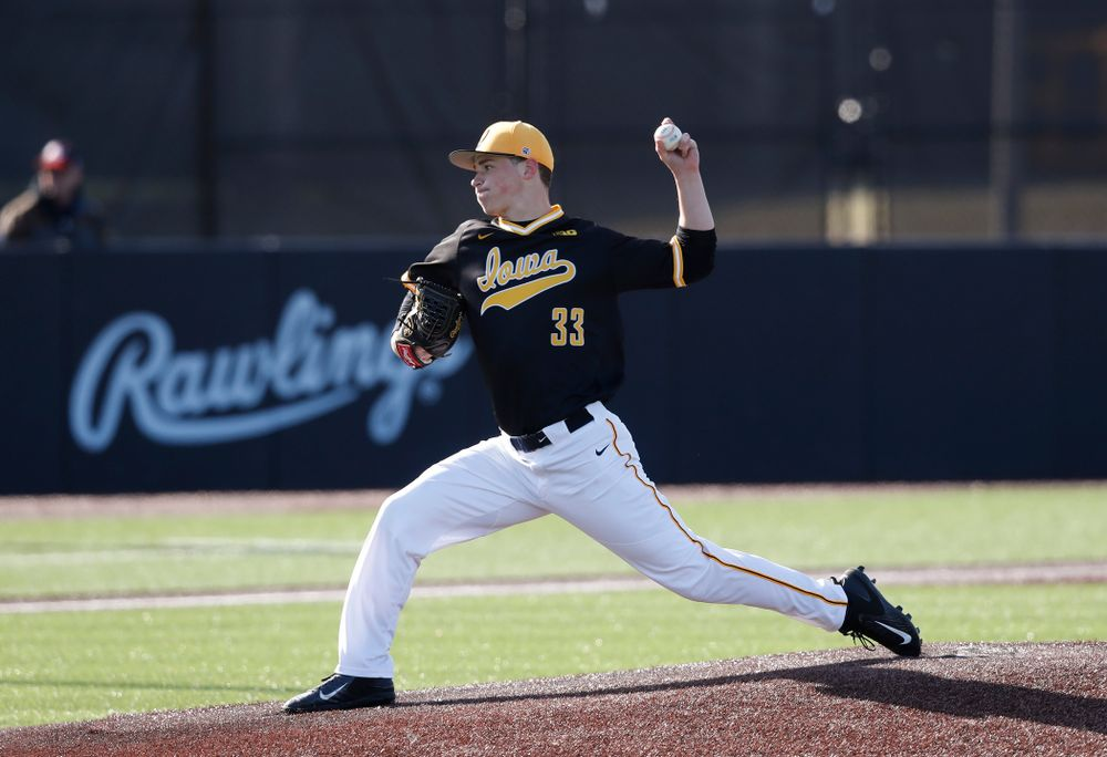 Iowa Hawkeyes pitcher Jack Dreyer (33) against Grand View Wednesday, April 4, 2018 at Duane Banks Field. (Brian Ray/hawkeyesports.com)