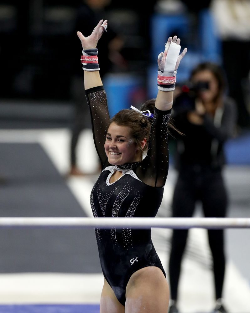 Iowa's Erin Castle competes on the bars against Michigan State Saturday, February 1, 2020 at Carver-Hawkeye Arena. (Brian Ray/hawkeyesports.com)