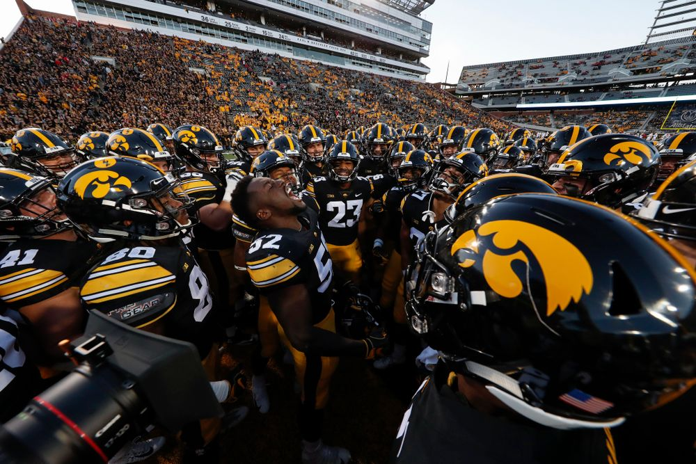 Iowa Hawkeyes linebacker Amani Jones (52) pumps up his teammates before their game against the Wisconsin Badgers Saturday, September 22, 2018 at Kinnick Stadium. (Brian Ray/hawkeyesports.com)