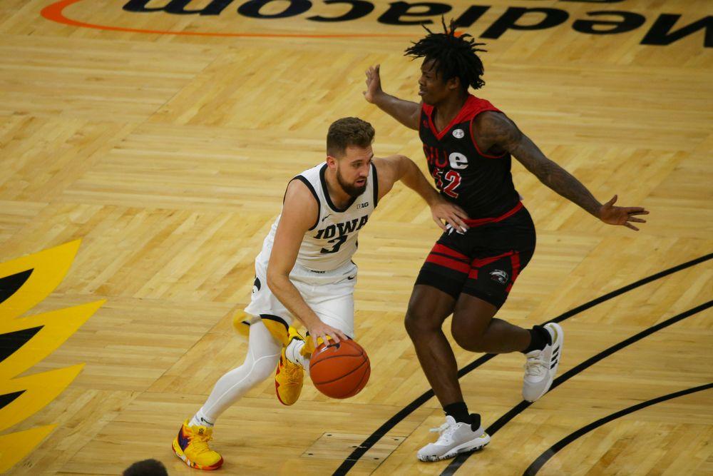 Iowa Hawkeyes guard Jordan Bohannon (3) during Iowa men's basketball vs SIUE on Friday, November 8, 2019 at Carver-Hawkeye Arena. (Lily Smith/hawkeyesports.com)