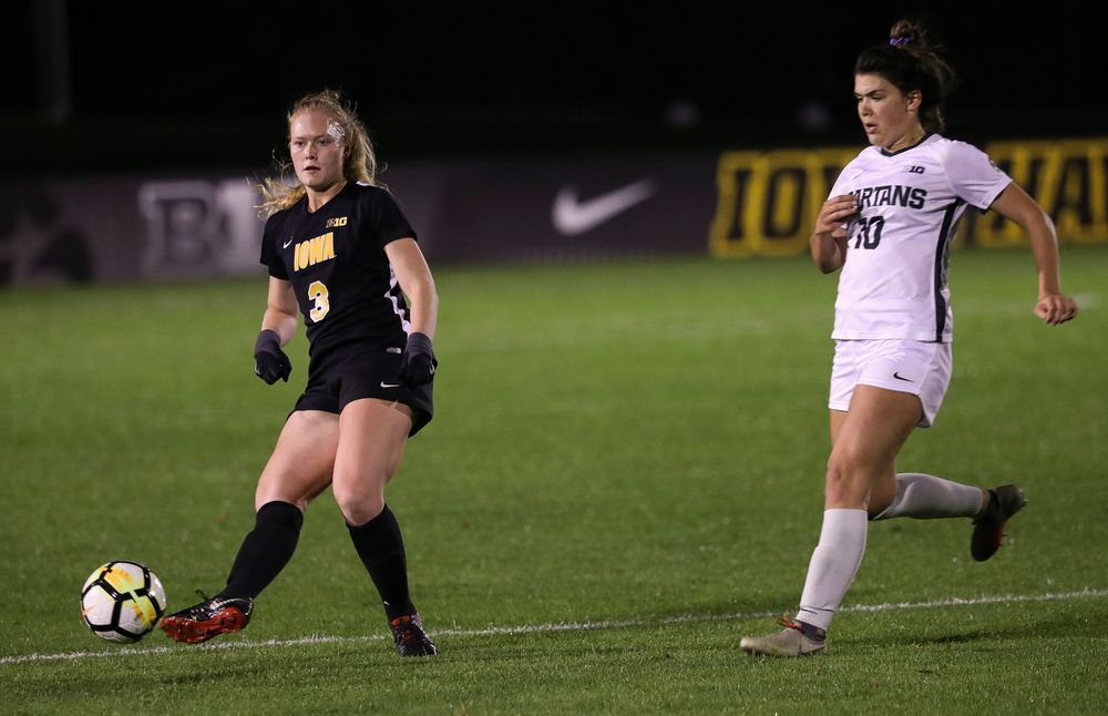Iowa Hawkeyes defender Morgan Kemerling (3) passes the ball during a game against Michigan State at the Iowa Soccer Complex on October 12, 2018. (Tork Mason/hawkeyesports.com)
