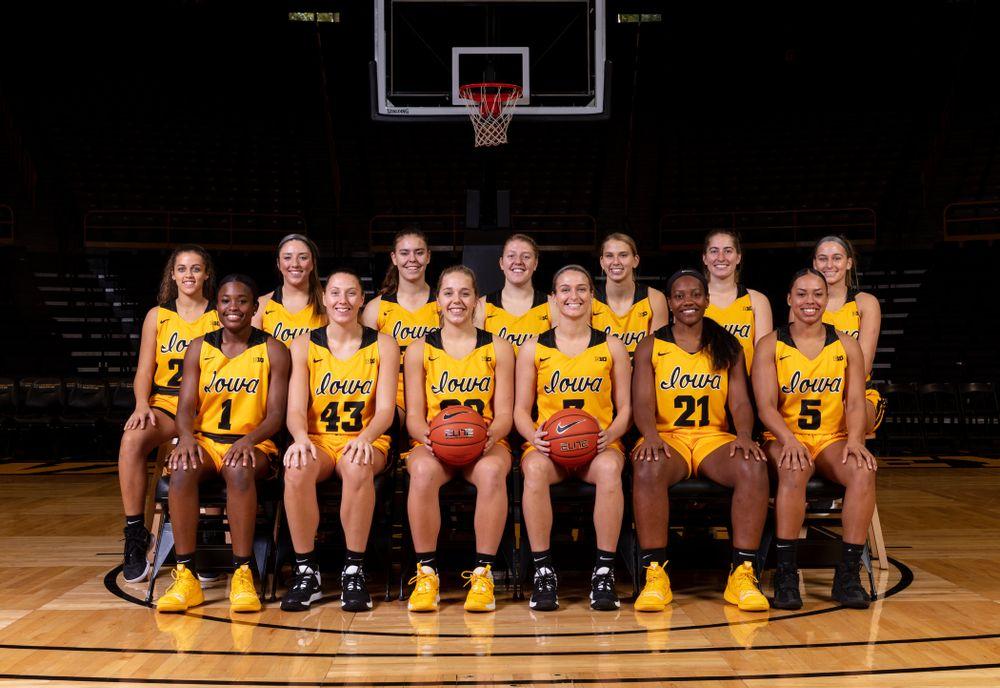 The 2019-2020 Iowa WomenÕs Basketball team  Thursday, October 24, 2019 at Carver-Hawkeye Arena. (Brian Ray/hawkeyesports.com)