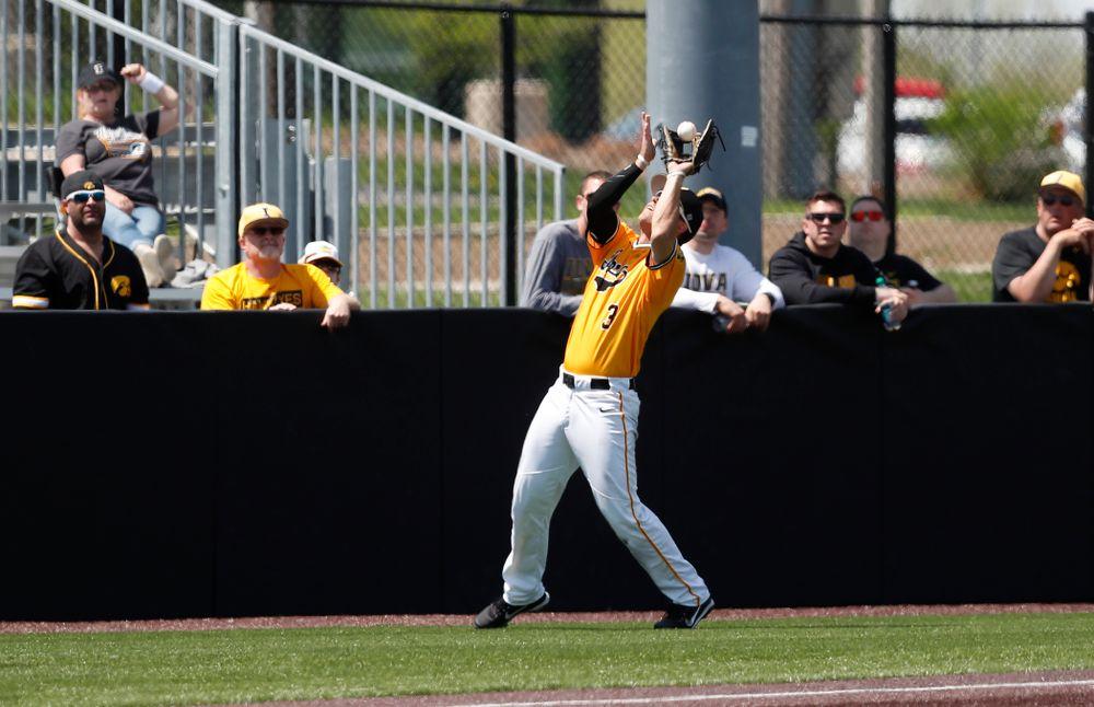 Iowa Hawkeyes infielder Matt Hoeg (3) against the Oklahoma State Cowboys Sunday, May 6, 2018 at Duane Banks Field. (Brian Ray/hawkeyesports.com)