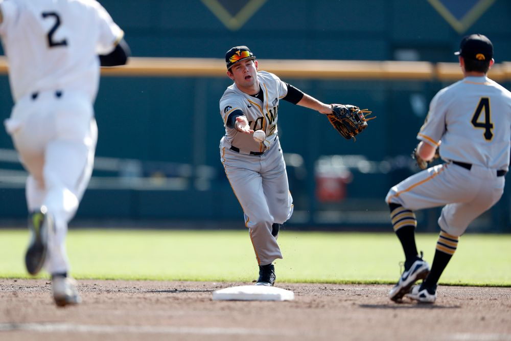 Iowa Hawkeyes infielder Kyle Crowl (23) against the Michigan Wolverines in the first round of the Big Ten Baseball Tournament  Wednesday, May 23, 2018 at TD Ameritrade Park in Omaha, Neb. (Brian Ray/hawkeyesports.com)