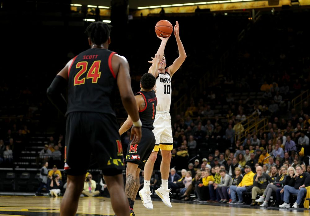 Iowa Hawkeyes guard Joe Wieskamp (10) knocks down a three point basket against the Maryland Terrapins Friday, January 10, 2020 at Carver-Hawkeye Arena. (Brian Ray/hawkeyesports.com)