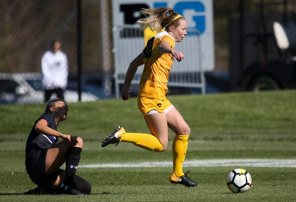 Iowa Hawkeyes midfielder Natalie Winters (10) dribbles the ball during a game against Northwestern at the Iowa Soccer Complex on October 21, 2018. (Tork Mason/hawkeyesports.com)