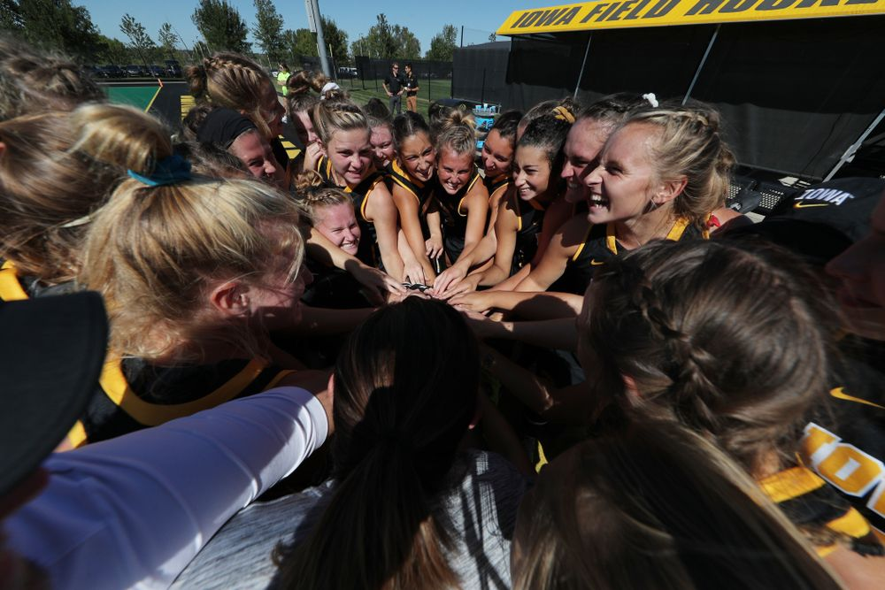 The Iowa Hawkeyes gather before their game against Central Michigan Friday, September 6, 2019 at Grant Field. The Hawkeyes won the game 11-0. (Brian Ray/hawkeyesports.com)