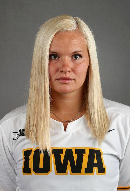 Sarah  Lehman - Softball - University of Iowa Athletics