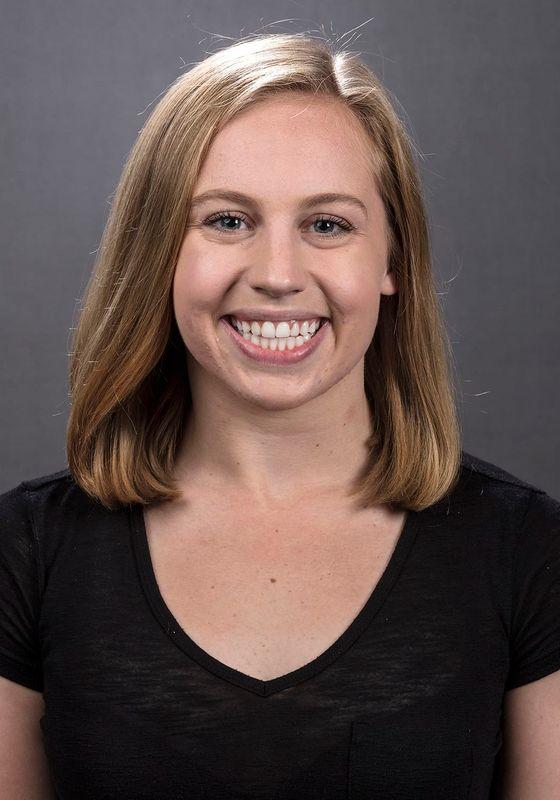 Amy Lenderink - Women's Swim & Dive - University of Iowa Athletics