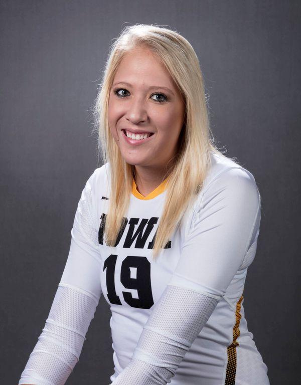 Taylin Alm - Volleyball - University of Iowa Athletics