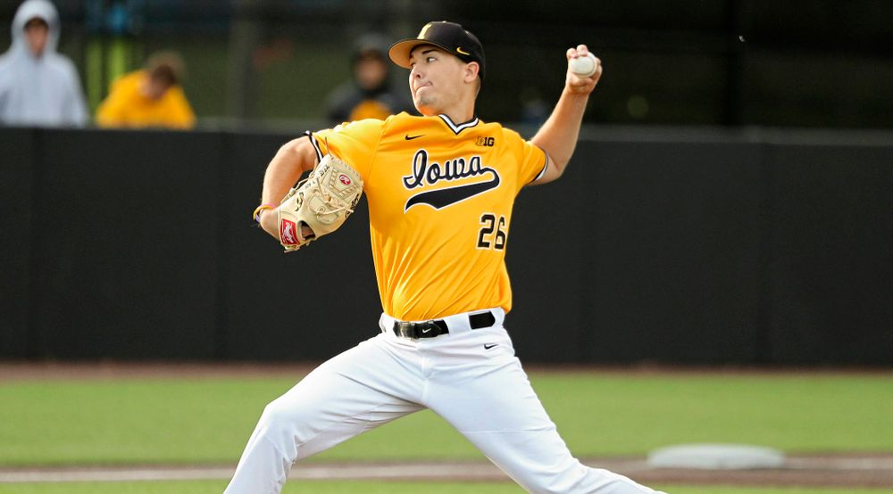 Iowa pitcher Adam Ketelsen (26) delivers to the plate during the fifth inning of the first game of the Black and Gold Fall World Series at Duane Banks Field in Iowa City on Tuesday, Oct 15, 2019. (Stephen Mally/hawkeyesports.com)
